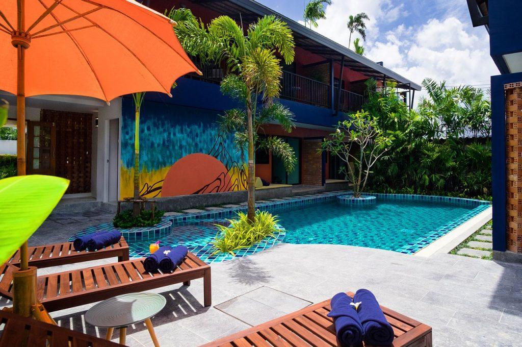 Jane Homestay Outdoor Pool Area